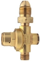 Preset Propane Gas Regulator, 28 PSI, With POL Fitting